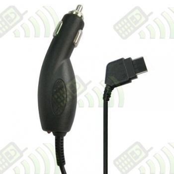Cargador D800 / E250 para coche